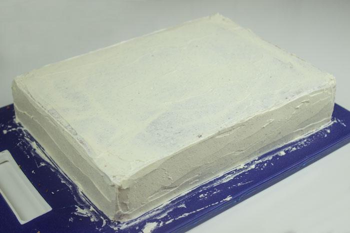 Torte eindecken mit Buttercreme | Conny's Küchlein | Motivtorten