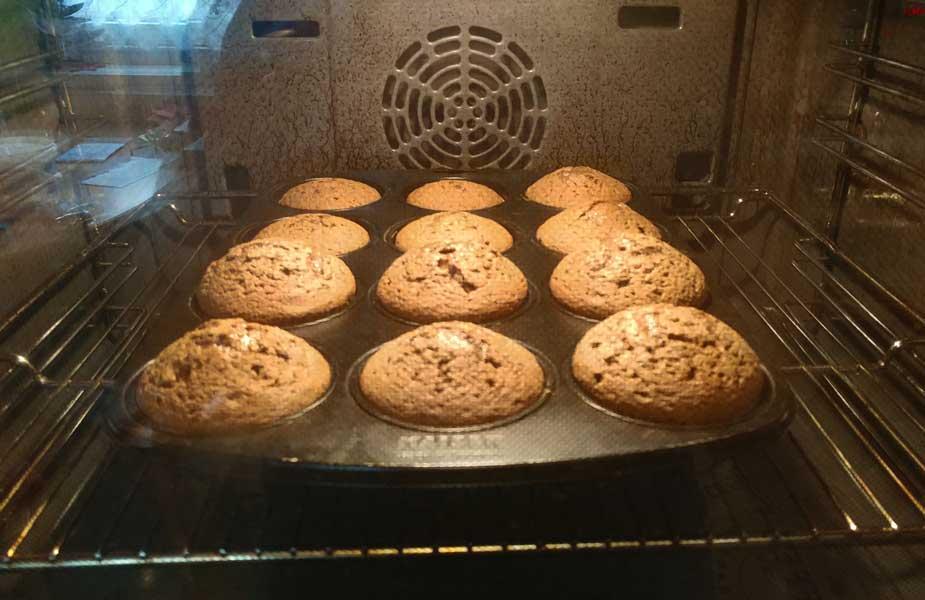 Muffins im Rohr