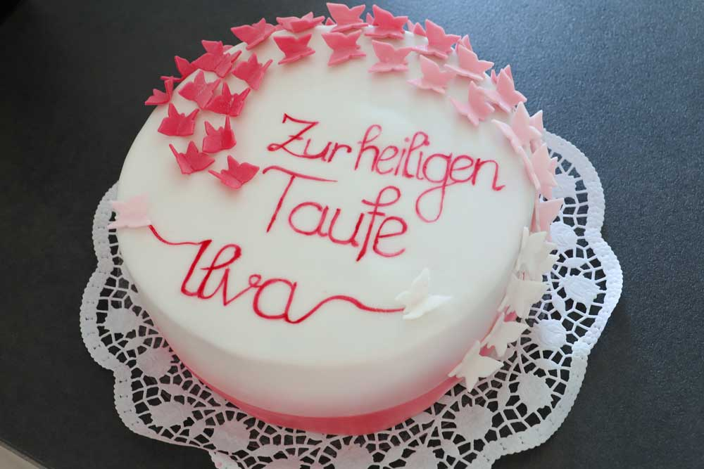 Tauftorte-Mädchen-Baptism-Cake-Girl-Butterfly-Schmetterlingstorte Conny's Küchlein