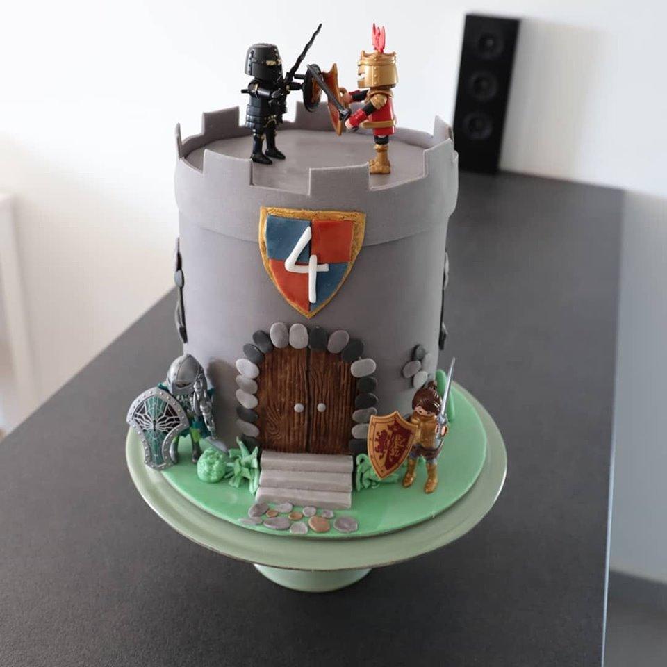 Burgtorte_Playmobiltorte_Castle Cake_Conny's Küchlein