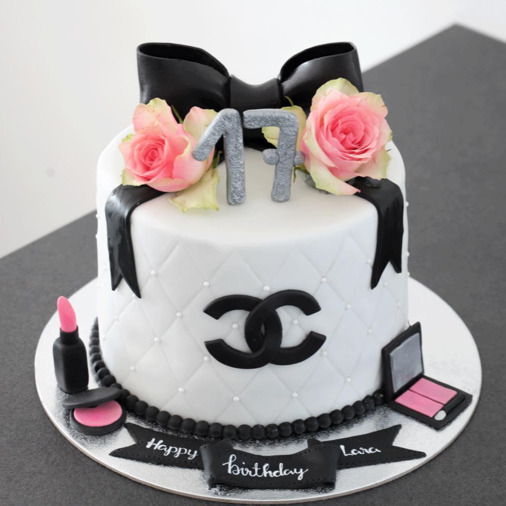 MakeUp-Chanel-Torte_Connys-Küchlein