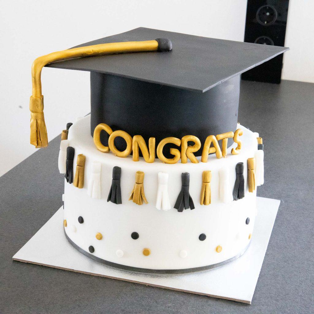 Abschlusstorte_Graduate_ConnysKüchlein